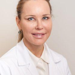 plastiikkakirurgi Riikka Veltheim